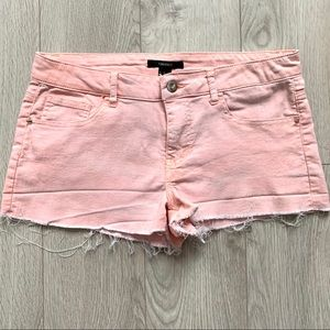 F21- Distressed Jean Shorts EUC